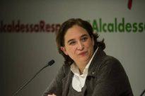 Ada Colau margina el castellano en sus contrataciones públicas