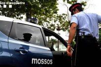 Detenida una pareja por dejar sola en casa por la noche a su hija de dos años en Manresa