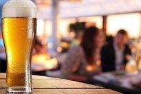 El increíble viaje de la cerveza: desde Mesopotamia hasta la Luna