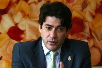 El alcalde de Alcorcón, desautorizado por el Gobierno y el PP por su crítica a Ada Colau