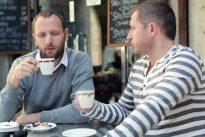 La cafetería vegana «por y para mujeres» que cobra un 18% más a los hombres