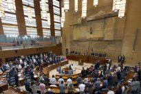 La Asamblea, a punto de cerrar el cambio del reglamento que traerá el voto telemático
