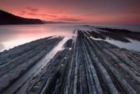La playa con las rocas más extrañas y codiciadas de España