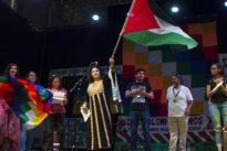 Plantón de Rommy Arce a la fiesta indígena contra la Fiesta Nacional