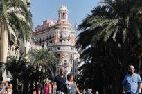 De Nocilla a CaixaBank: las grandes empresas catalanas se decantan por Valencia