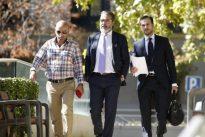 El alcalde de Brunete deja la presidencia local del PP pero no el sillón de regidor