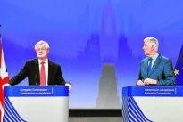Barnier considera que el Brexit está en un callejón sin salida