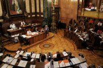 Desaire a la Guardia Civil y al CNP en el pleno de Barcelona