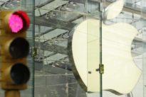 Francia abre una causa contra Apple por «obsolescencia programada» de los iPhone