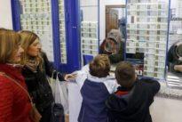 El número 5.685 reparte en Bilbao el Gordo del Sorteo de la Lotería del Niño 2018