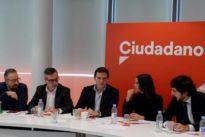 Cs descarta presidir la Mesa del Parlament y la investidura de Arrimadas por el «portazo de Podemos»
