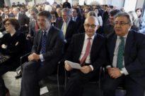 La Moncloa presiona a los ministros: «Deben patearse España»