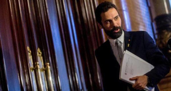 Torrent aplaza la investidura de Sànchez hasta que Estrasburgo se pronuncie