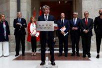 El Gobierno regional, desolado, urge a Génova para que designe ya al sucesor de Cifuentes