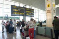 Los controladores del aeropuerto de El Prat amenazan con ir a la huelga este verano