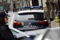 Detenido un hombre ebrio por amenazar de muerte con una carabina y un cuchillo a un grupo de jóvenes