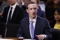 ¿Por qué Mark Zuckerberg se sentó sobre un maletín durante su comparecencia en el Senado?