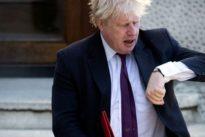 Boris Johnson y David Davis, los ministros que han abandonado a May