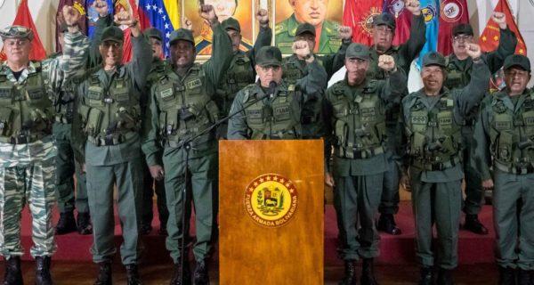 Nicolás Maduro intenta impedir «como sea» una posible conspiración militar