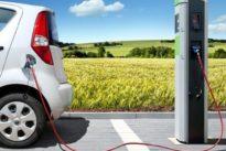 La falta de elección y no de puntos de carga públicos, causa del lento despegue de los coches eléctricos