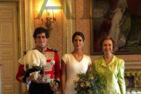 El primer baile de los novios y su encuentro con la Reina Sofía tras el «sí, quiero»