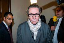 Dos años de cárcel por violación al causante del escándalo sexual en el premio Nobel de Literatura