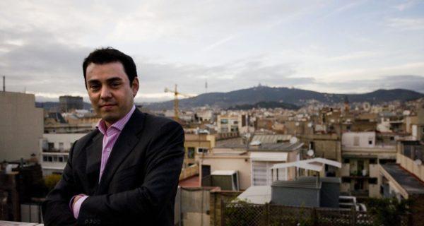 La Universidad de Barcelona retira el doctorado a undirigente del PDECat por plagio