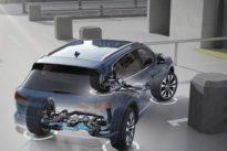 Dirección a las cuatro ruedas: cómo hacer que un coche grande se mueva como un compacto