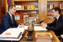 Pedro Sánchez acapara la política exterior y deja casi sin viajes al Rey