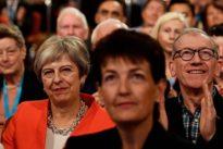La guerra entre May y Johnson por el Brexit centra el congreso «tory»