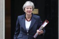 Theresa May niega que el «plan de Chequers» esté muerto, pero ya no lo nombra