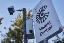Carmena gastará 1,6 millones solo en las pantallas informativas sobre los parking de Madrid Central