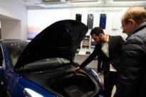 Tesla muestra por primera vez en España su Modelo 3, con el que quiere popularizar el coche eléctrico