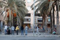 Investigan el asesinato de un joven hallado en una calle de Alicante con seis disparos