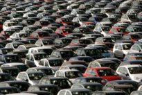 Las matriculaciones se hunden un 12,6% en noviembre tras la amenaza de veto a los coches de combustión