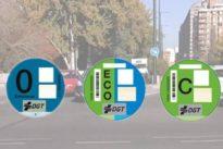 Cómo solicitar la etiqueta medioambiental correcta si la DGT ha clasificado mal tu coche (y cómo descubrir si lo ha hecho)