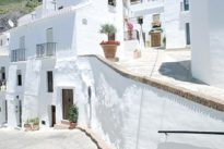 Cómo descubrir algunos de los pueblos pequeños más bonitos de Málaga