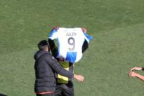 Los jugadores del Hércules dedican su primer gol a Julen