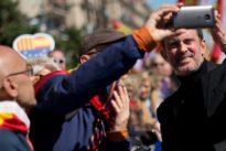 Manuel Valls asistirá a la marcha por la unidad de España y destaca su «transversalidad»