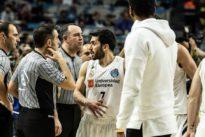 La ACB retira la licencia a Reyes y Campazzo