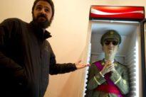 Santiago Sierra y Eugenio Merino, artistas del escándalo