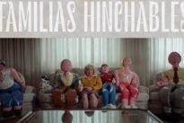 La impactante historia de Paquita, la mujer que vive con una familia de muñecos hinchables