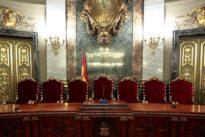 El Poder Judicial se rebela ante la pasividad de Sánchez frente al acoso separatista