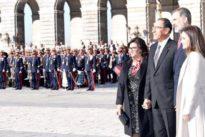 Los Reyes reciben al presidente de Perú, que empieza una visita de Estado con Venezuela de trasfondo