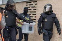 La Fiscalía se querella contra dos alcaldes catalanes por ceder locales para el 1-O