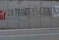Independentistas catalanes arrancan señales de tráfico en el Aragón oriental y exigen su anexión