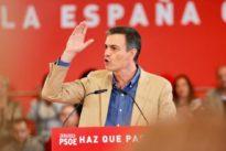 Pedro Sánchez culpa ahora al PP y Cs de que él gobierne apoyándose en los independentistas