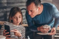 Desayunar con los padres se asocia con una imagen corporal positiva para los adolescentes