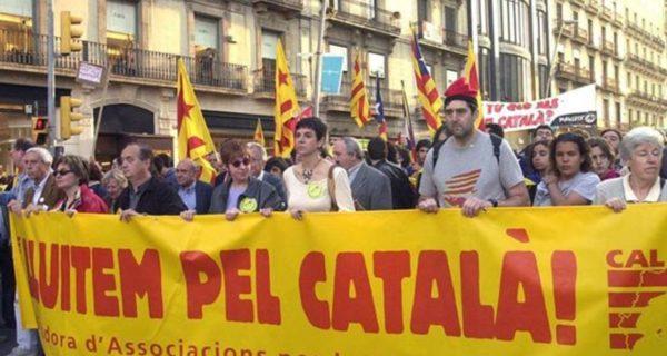 Un comentario en las redes sociales revela la agresiva política contra el castellano que hace la Generalitat