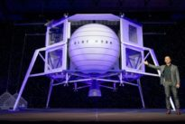 Jeff Bezos desvela su nave para volver a la Luna